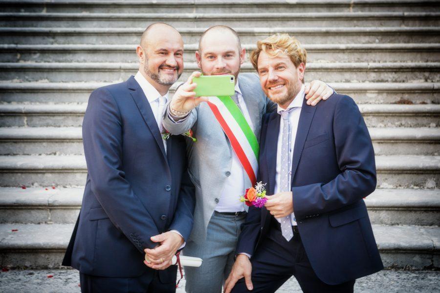 Prime nozze gay – «Colpo di fulmine nato tra i fornelli» – di Silvia dal Maso